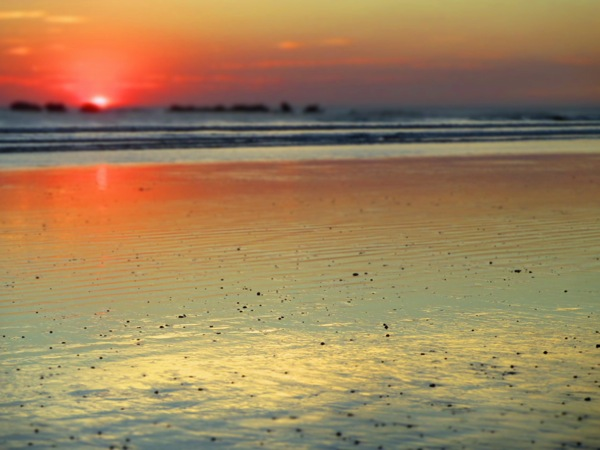 playa guiones sunset