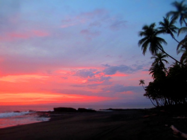 pavones costa rica sunset